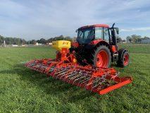 Meadow Field Drag Hybrid